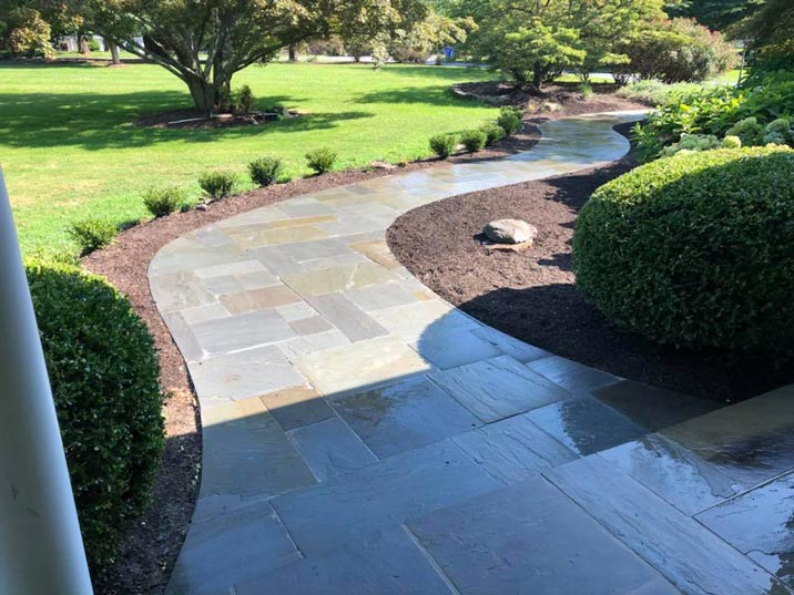 6 Benefits of Using a Pressure Washer